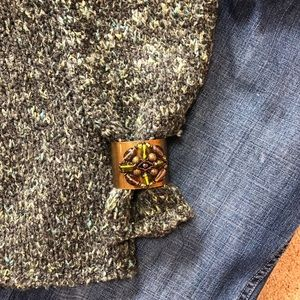 Relais Knitware Sweaters - Green texture boxy sweater. Made for warmth/comfy